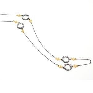 Jewelry - Stunning long necklace